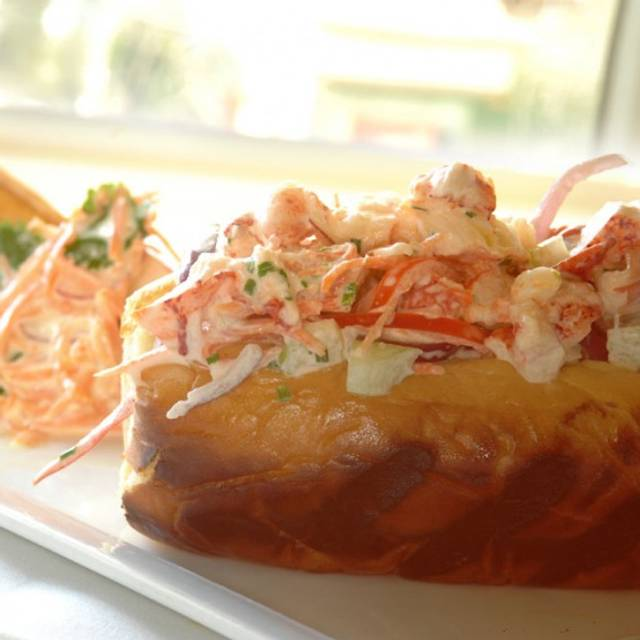 Lobster Roll - Jedediah Hawkins, Jamesport, NY