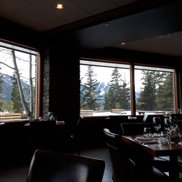 Juniper Bistro The Juniper Hotel Restaurant Banff Ab
