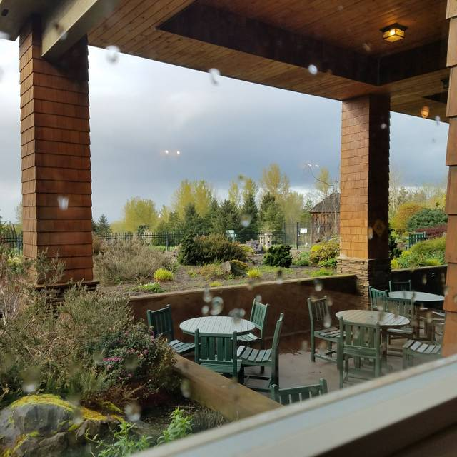 The Garden View Restaurant Oregon Garden Resort Silverton Or Opentable