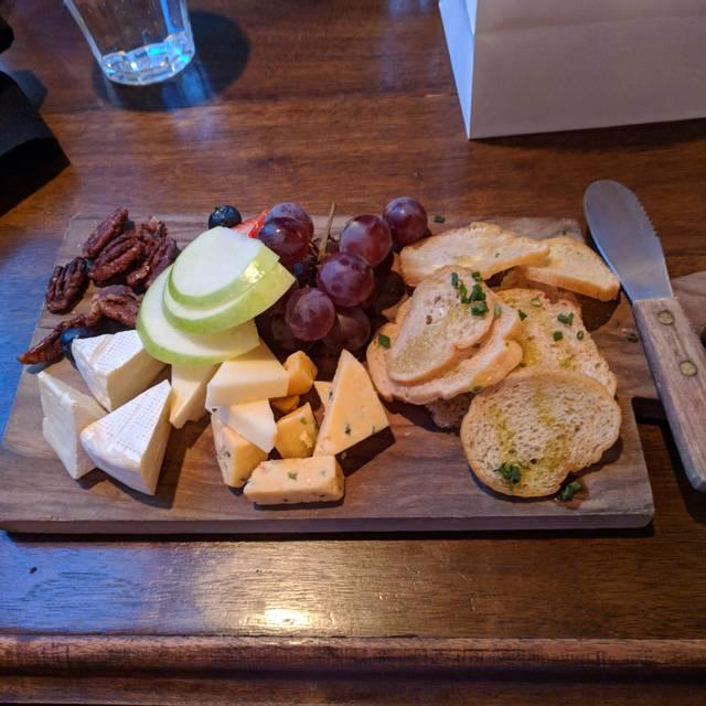 CHARISSE Restaurant, Kansas City, MO