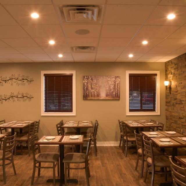 Amari's Pizzeria & Restaurant, Hamilton, NJ