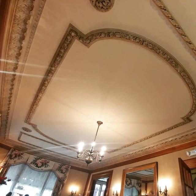 Silver Fountain Inn & Tea Parlor, Dover, NH