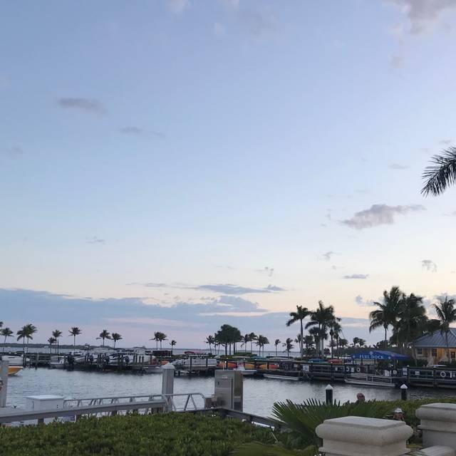 Marker 92 Waterfront Bar & Bistro, Cape Coral, FL
