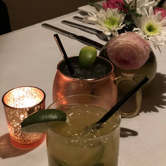 Ernie's Food & Spirits, Manteca, CA