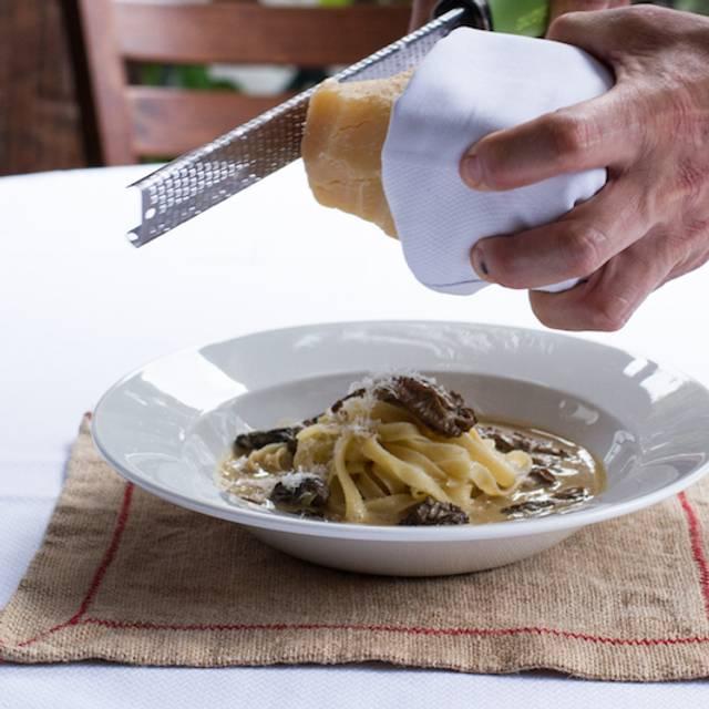 Pasta Fresca Con Morillas - Maison de Famille - Roma Norte, Ciudad de México, CDMX