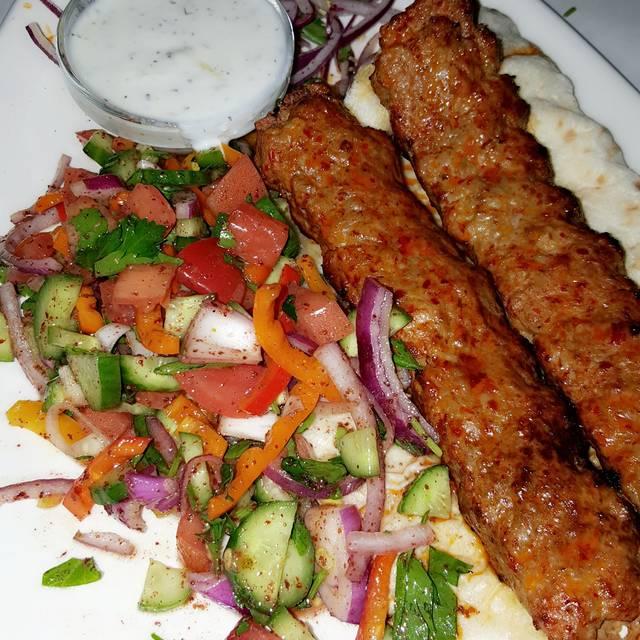 Mandolin kitchen restaurant sandy springs ga opentable for Mandolin mediterranean kitchen