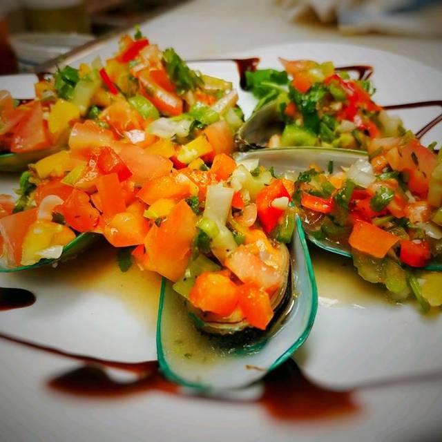 New Zealand Mussels - Robert's Scratch Kitchen, Totowa, NJ