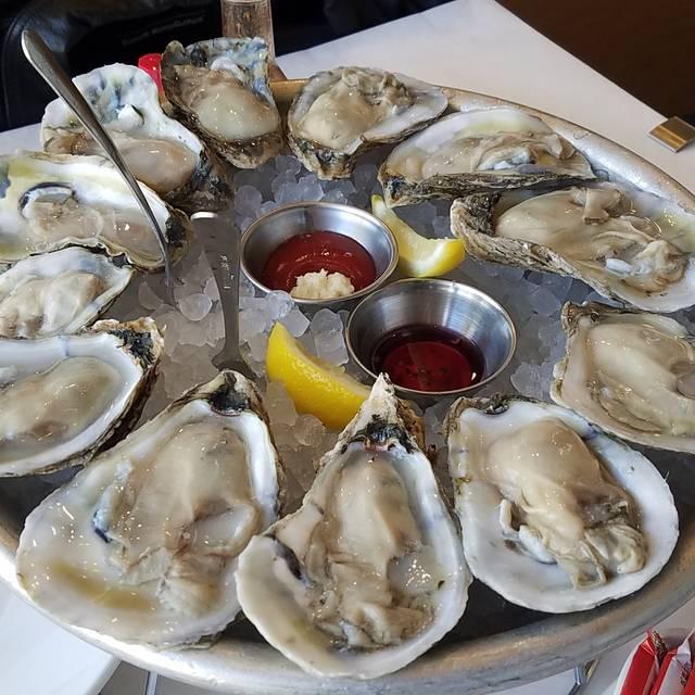 Jax Fish House & Oyster Bar - Glendale, Glendale, CO