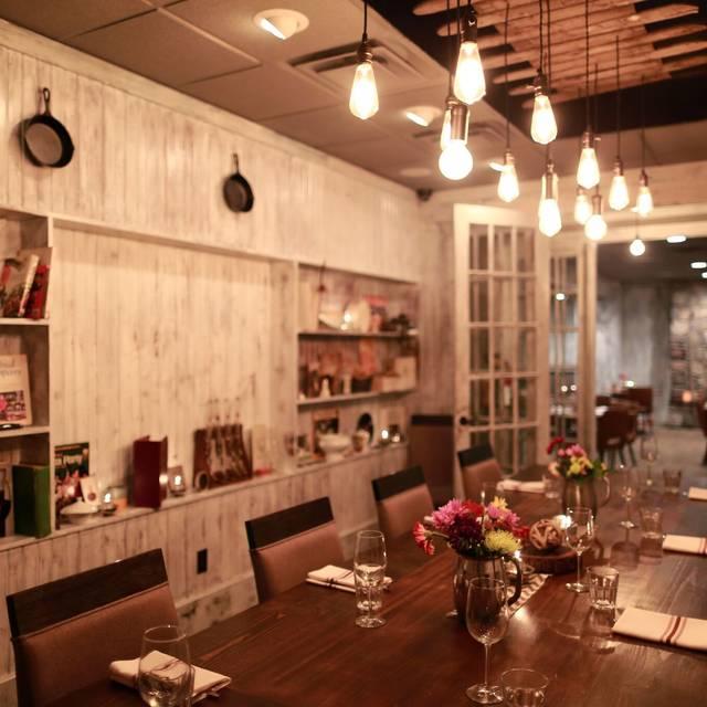 Bauer Farm Kitchen Restaurant Cincinnati OH OpenTable - How to start a farm to table restaurant