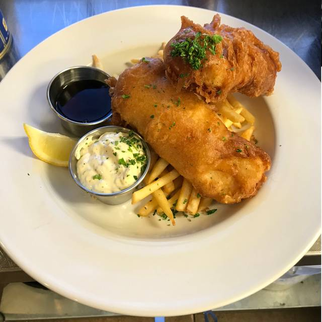 Fish And Chips - Bizzi's Bistro and Wine Bar, Bedford, TX