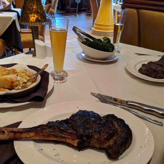 Eddie Merlot's Prime Aged Beef & Seafood - Cincinnati, Cincinnati, OH