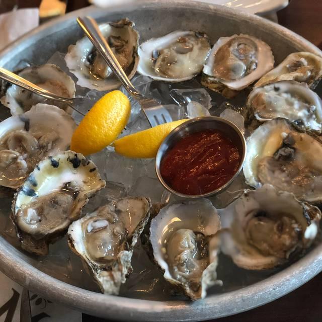 Chesapeake Inn Restaurant, Chesapeake City, MD