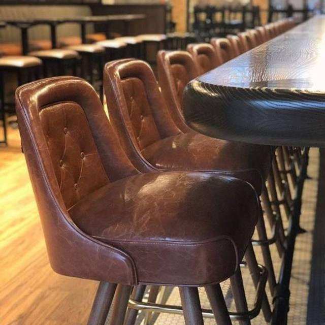 Mb Bar - Monnie Burke's, Chicago, IL