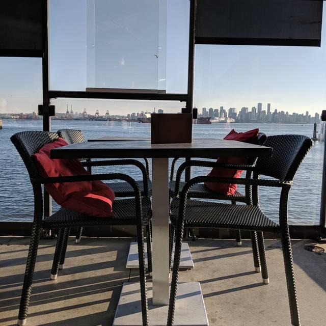 PIER 7 restaurant + bar - 'Shipyard Square' North Vancouver, North Vancouver, BC