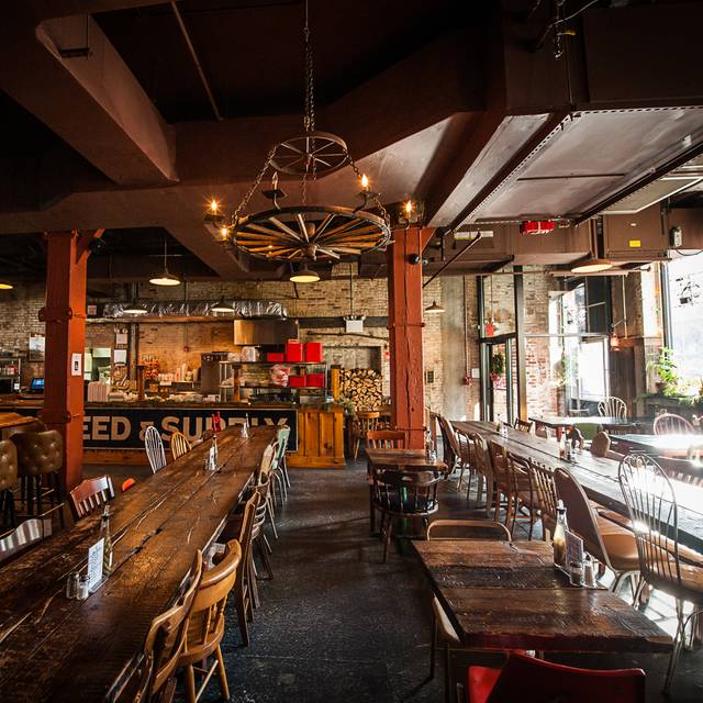 Long Tables - Mable's Smokehouse, Brooklyn, NY
