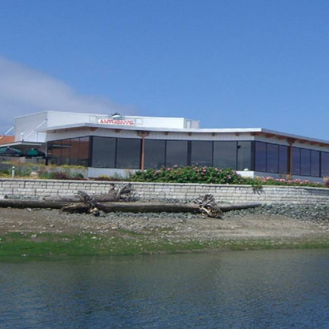 Anthony's At Cap Sante Marina - Anthony's at Cap Sante Marina, Anacortes, WA
