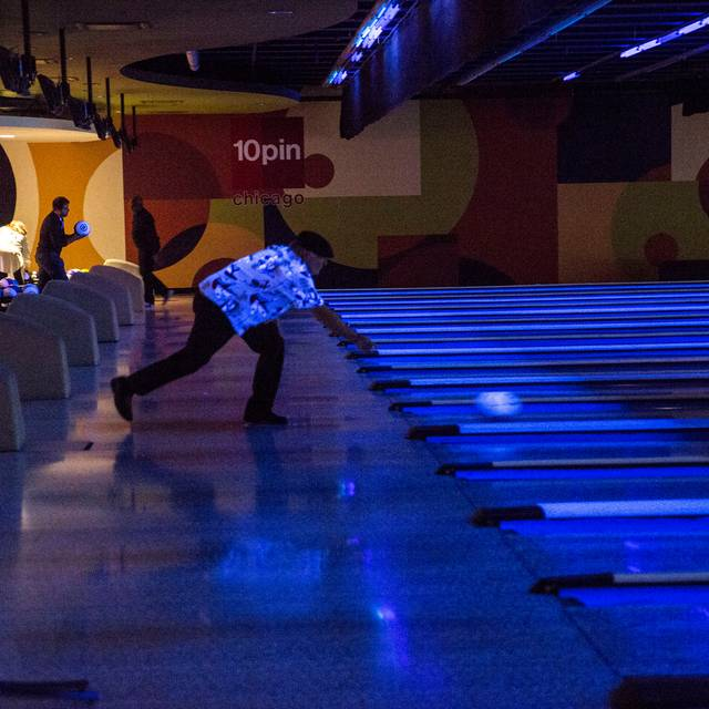 10pin Bowling Lounge, Chicago, IL