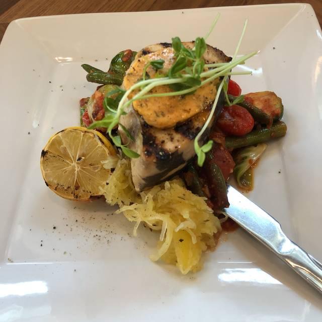 Vaticano Cucina, Edmonton, AB