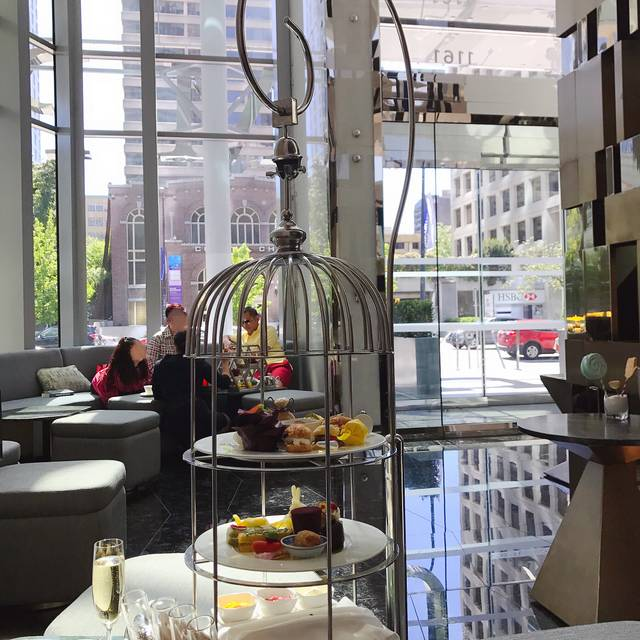 The Trump Champagne Lounge + Crudo Bar, Vancouver, BC