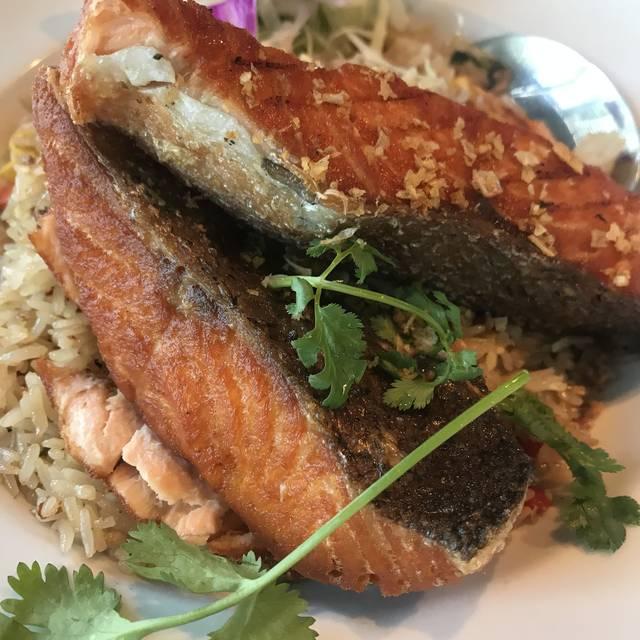 Noi Thai Cuisine - Downtown Seattle, Seattle, WA