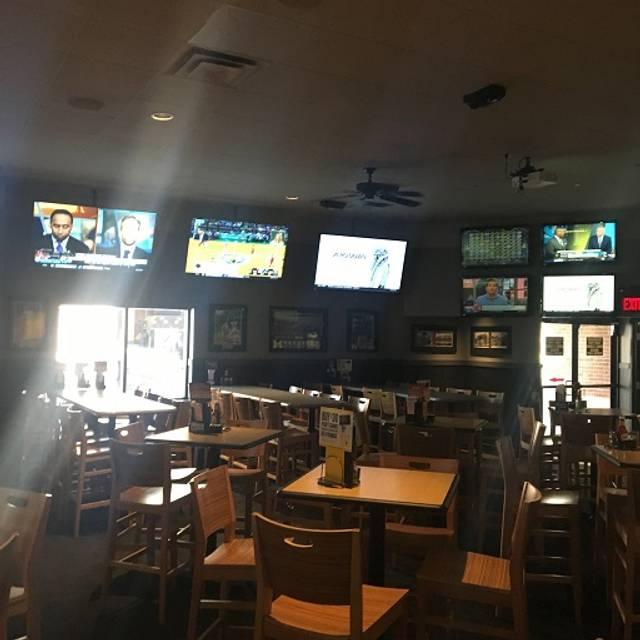 Dining Room - Buffalo Wild Wings - Ann Arbor - State Street, Ann Arbor, MI