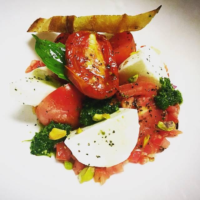 Toscana Italian Grill, Calgary, AB