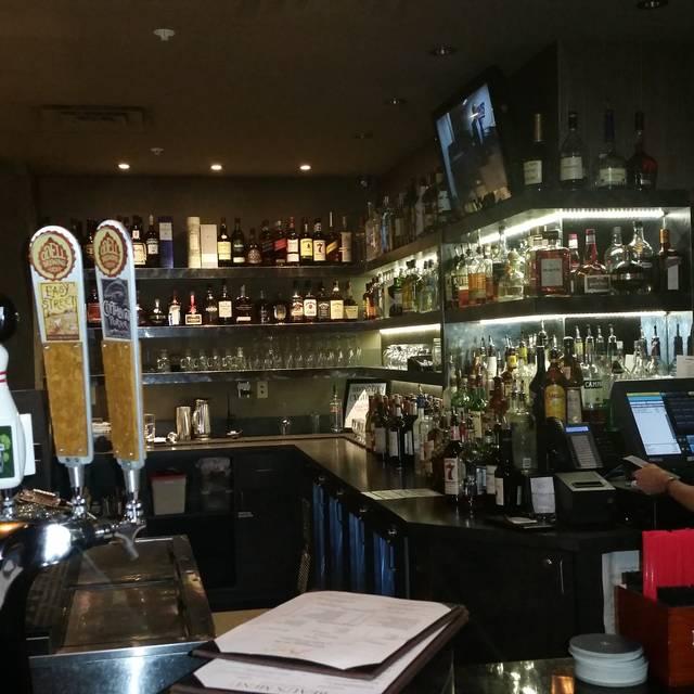 Beau's Kitchen & Tavern, Lakewood, CO