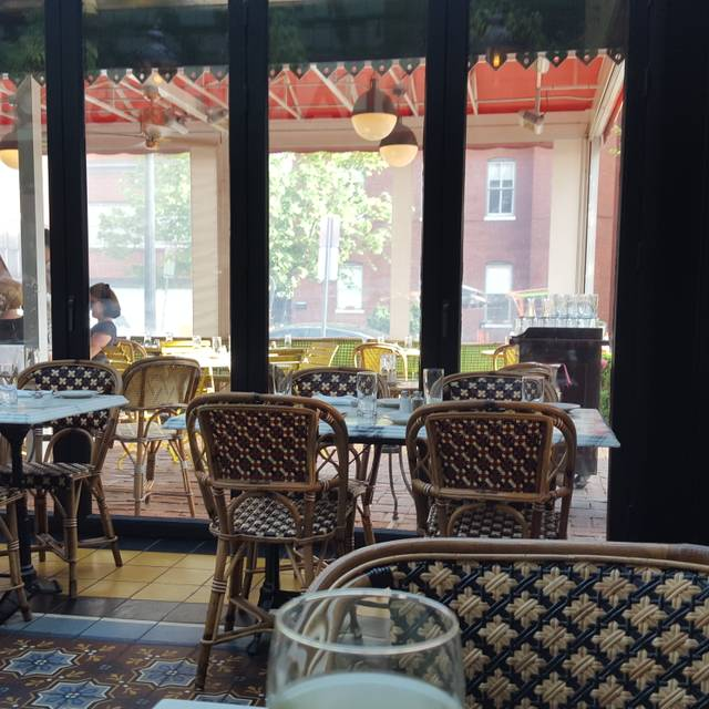Le diplomate restaurant washington dc opentable - Table restaurant washington dc ...