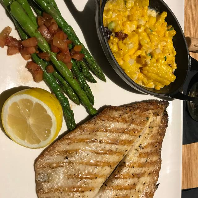 Devon Seafood + Steak - Oakbrook Terrace, Oakbrook Terrace, IL
