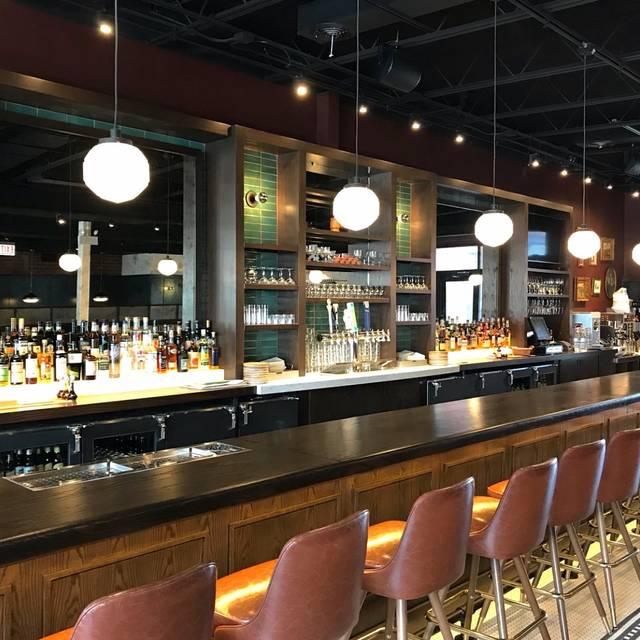 Bar - Monnie Burke's, Chicago, IL