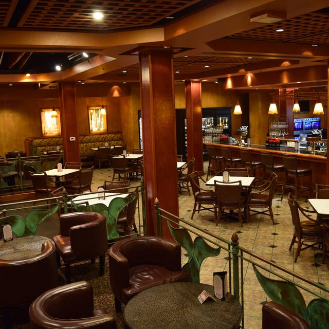 Whale S Tail Bistro And Wine Bar Hotel Captain Cook Anchorage