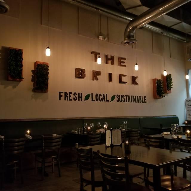 the brick american kitchen bar restaurante miami fl. Black Bedroom Furniture Sets. Home Design Ideas