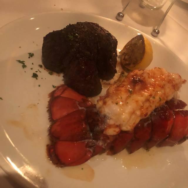 Fleming's Steakhouse - Atlanta, Atlanta, GA