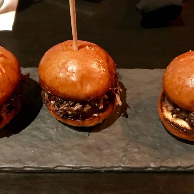 Stockyard Burgers and Bones - Sandy Springs, Atlanta, GA