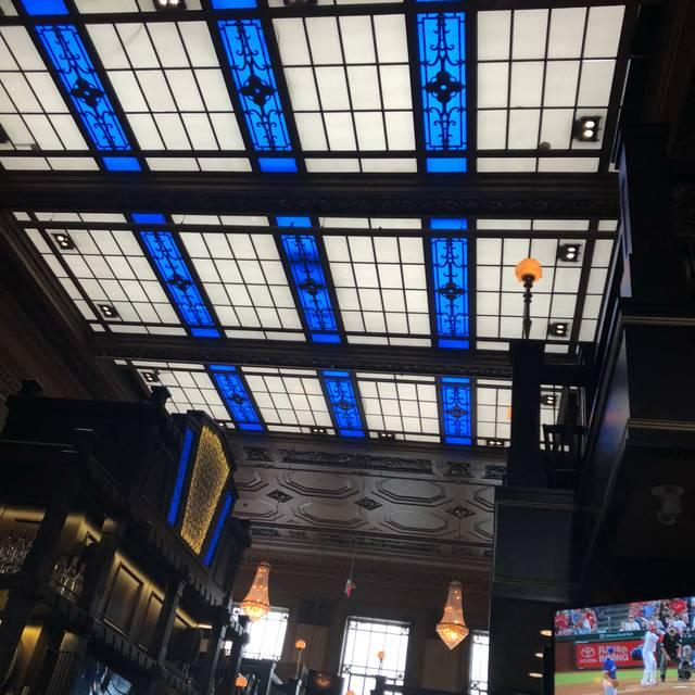 The Bank and Baron Pub, Calgary, AB