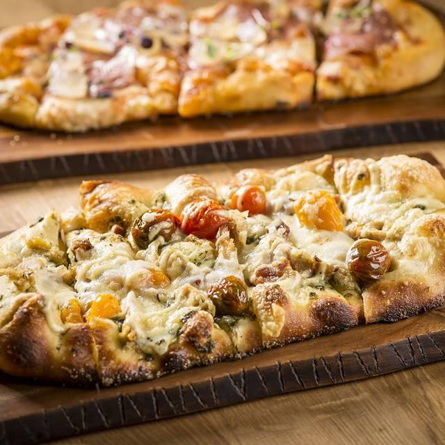 Roman Style Pizza - CHE FiGATA, Naperville, IL