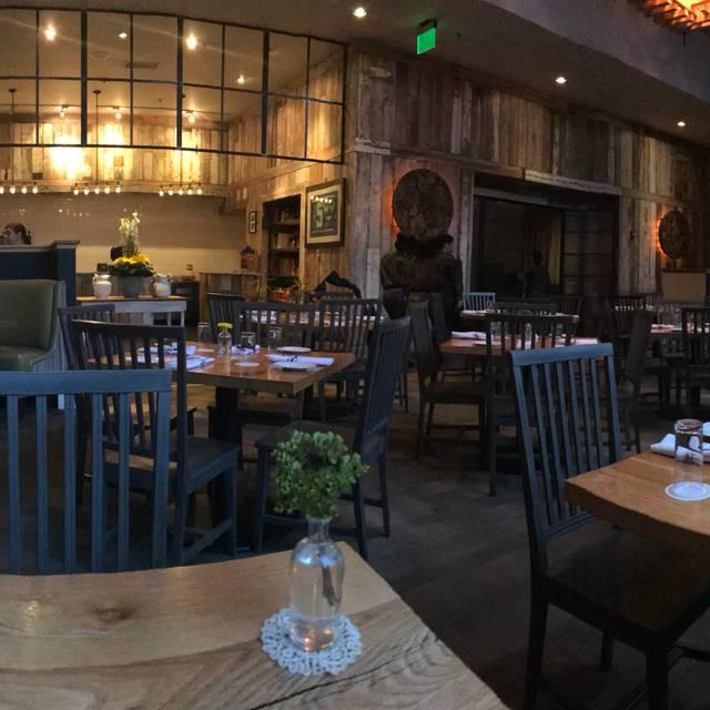 White Oak Kitchen & Cocktails, Atlanta, GA
