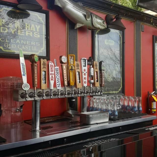 Hibernian Irish Pub & Restaurant - Glenwood, Raleigh, NC