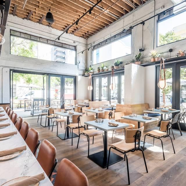 Rappahannock Oyster Bar @ ROW DTLA, Los Angeles, CA