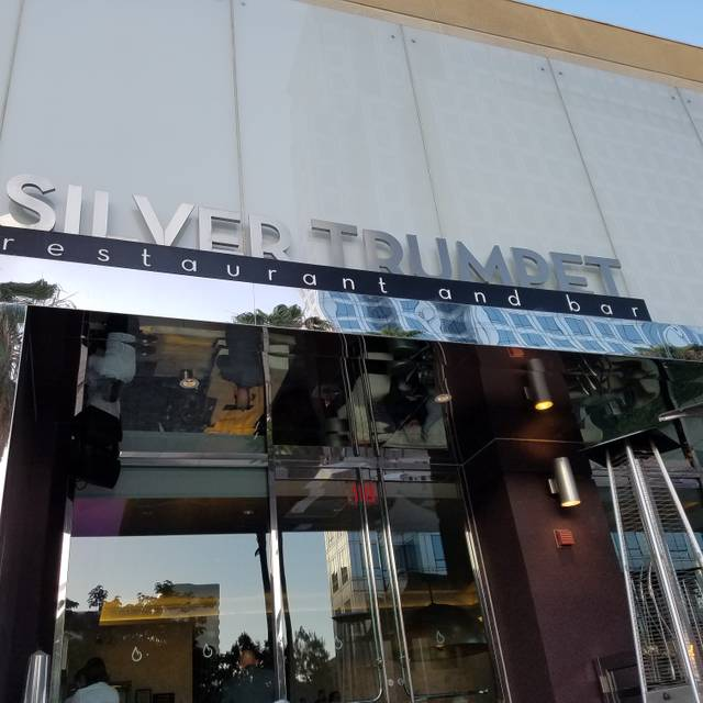 Silver Trumpet Restaurant & Bar, Costa Mesa, CA