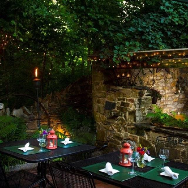 Evening Terrace - General Warren, Malvern, PA