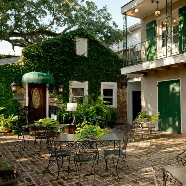 Mary Mahoney's Old French House, Biloxi, MS