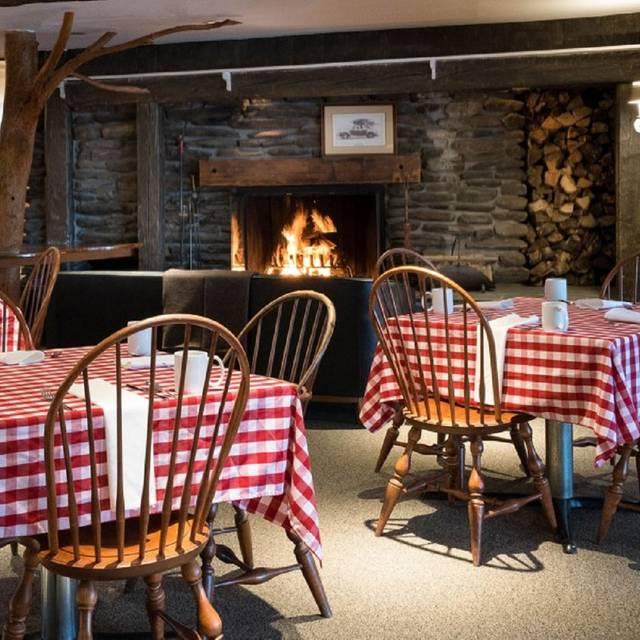 Fritz Bar Restaurant Stowe Vt Opentable