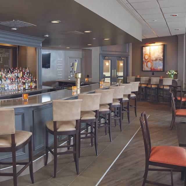 21 Lake Restaurant and Bar, Danbury, CT