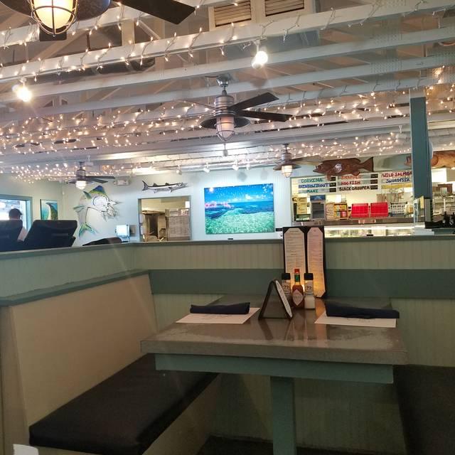 Deep Lagoon Seafood, Naples, FL