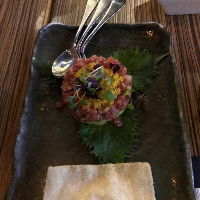 Blufish Sushi Robata, Vernon Hills, IL