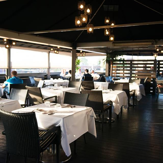 Rib n Reef Steakhouse, Montréal, QC