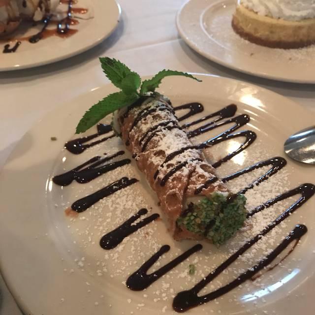 Cafe Lucci, Glenview, IL