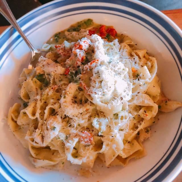 Scaddabush Italian Kitchen & Bar – Richmond Hill, Richmond Hill, ON
