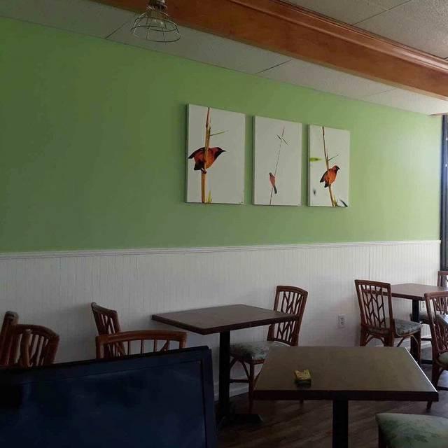 Cremesh - Cremesh European Restaurant, Bradenton, FL